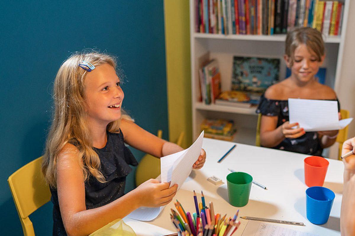 """UPISI u program kreativnog pisanja za školarce"""" Ups! Upao sam u priču"""""""